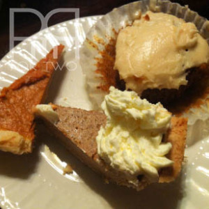 thanksgiving desert pumpkin pies pumpkin muffins