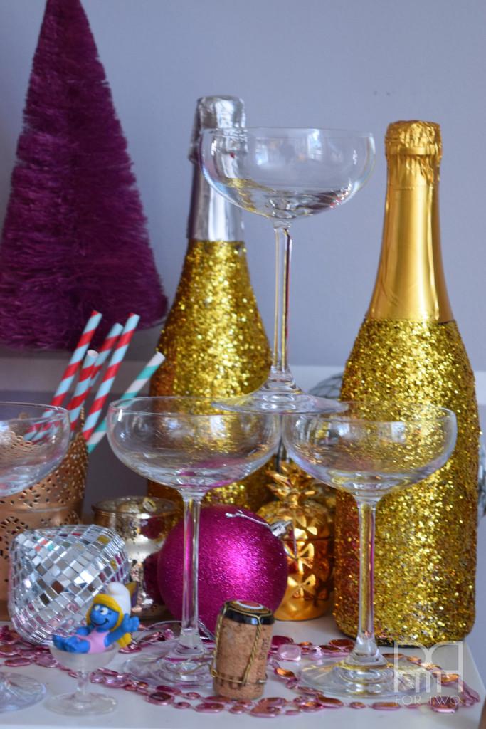 champagne glam vignette