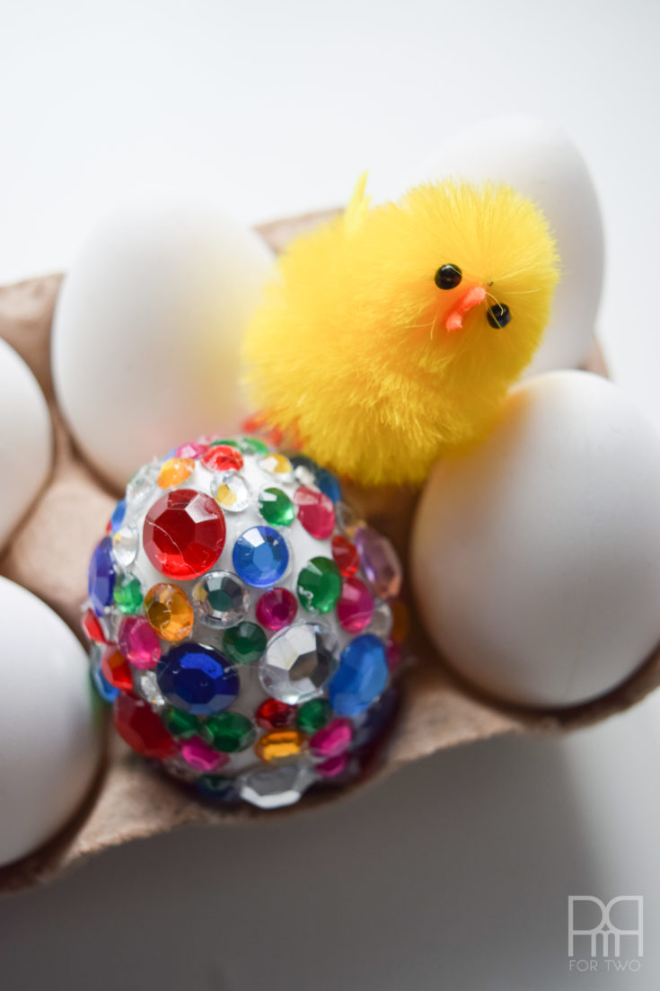 glam eggs with chick