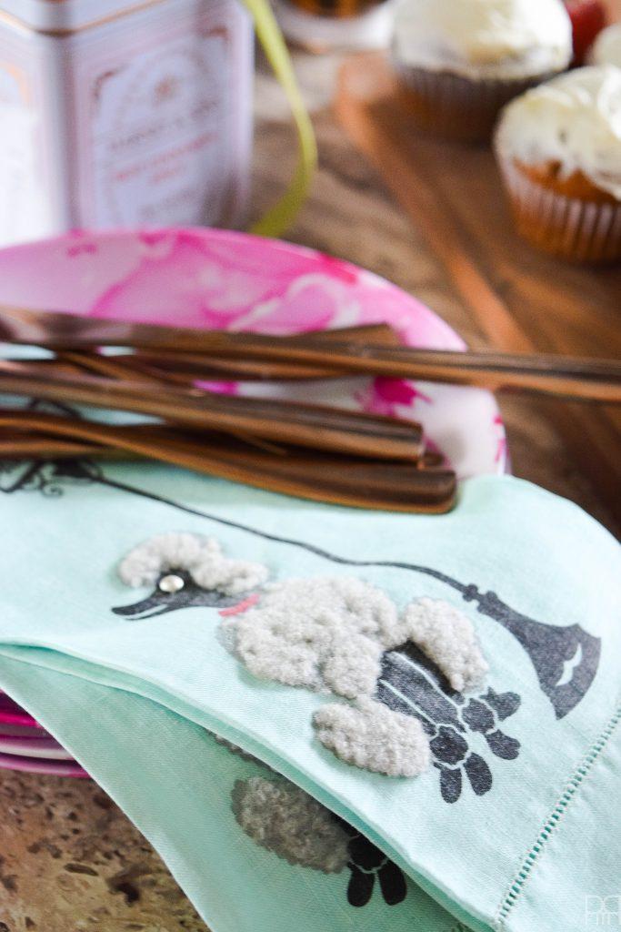 canadian-blogger-fall-home-tour tea towels