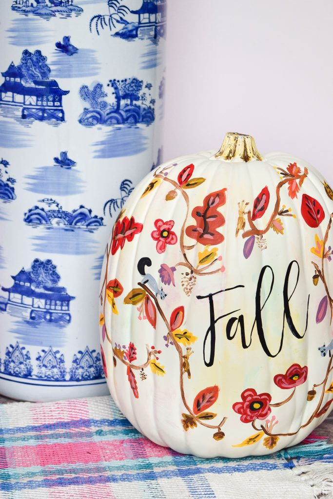 canadian-blogger-fall-home-tour pumpkin