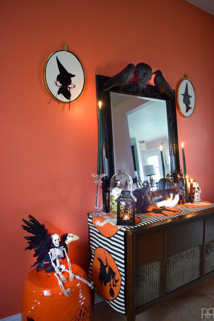 DIY Halloween Mirror