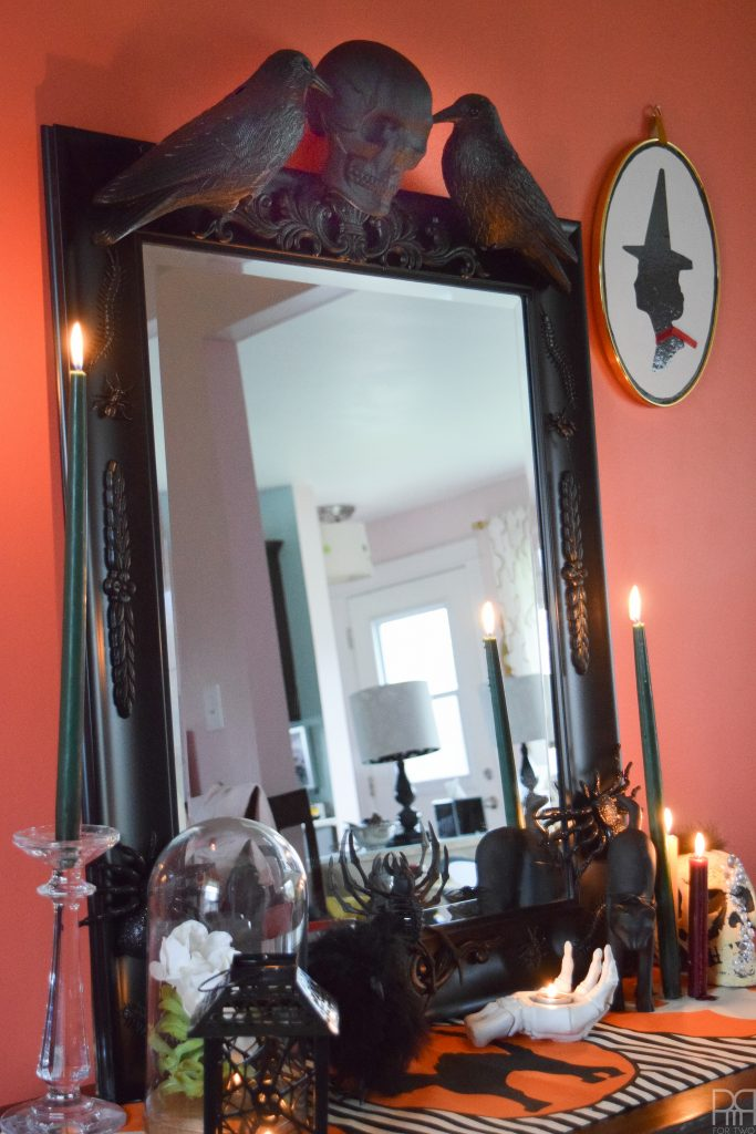 DIY Halloween Mirror close up