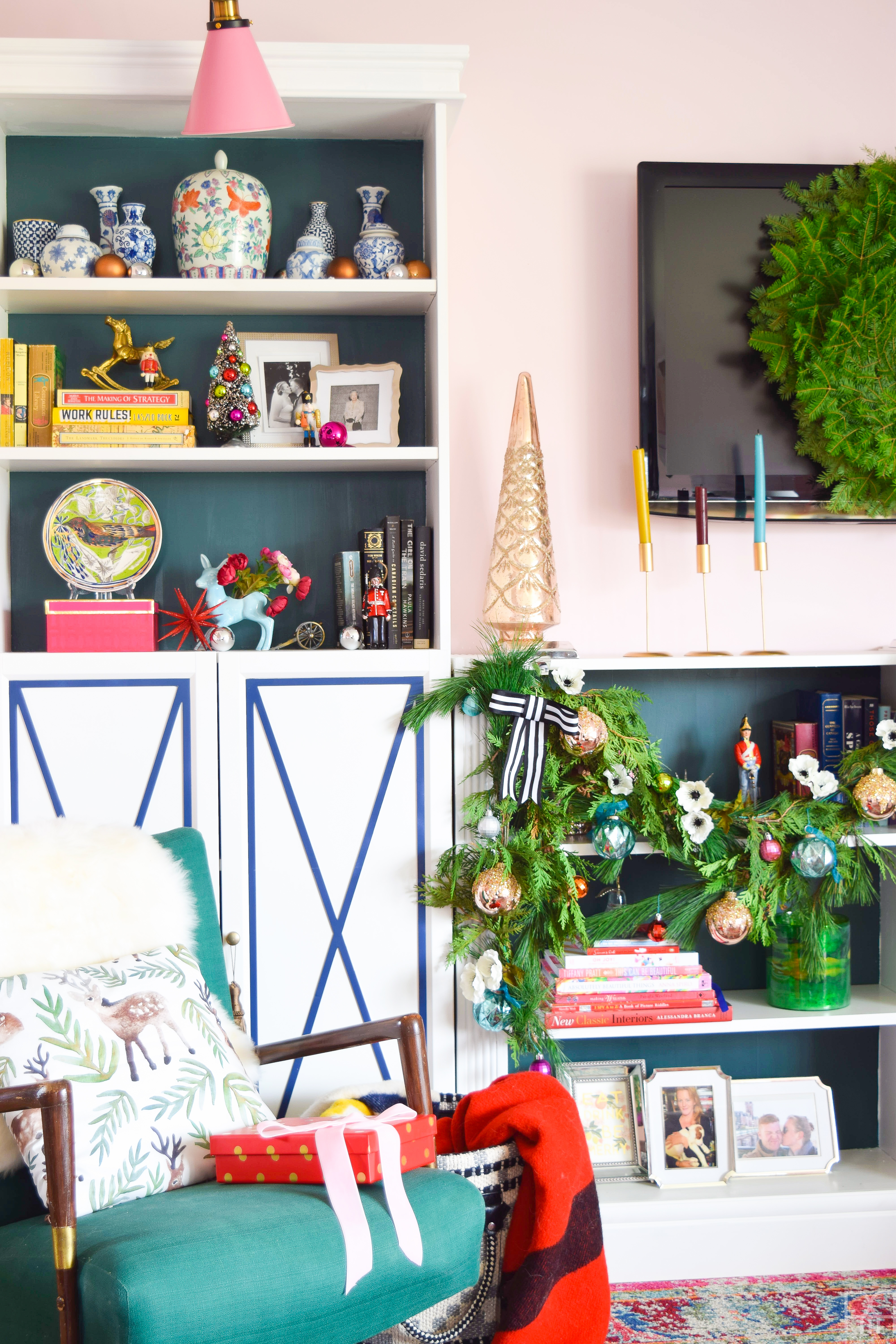 Creating a colourful & Eclectic Holiday Mantel is as easy with fresh greenery, florals and colourful baubles.
