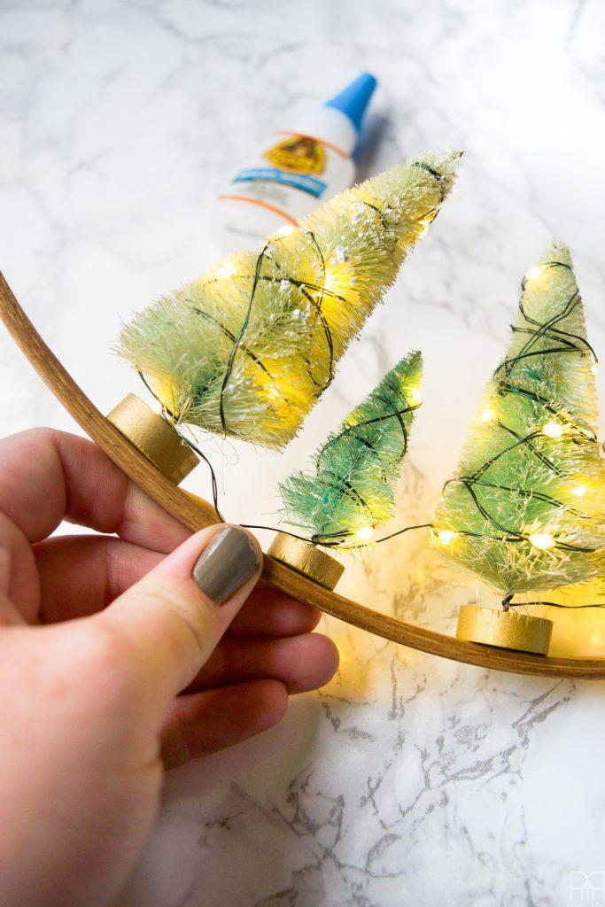 diy-minty-cool-holiday-wreath-10