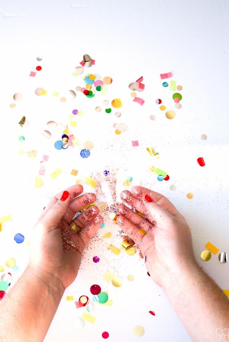 Hello 2017 confetti
