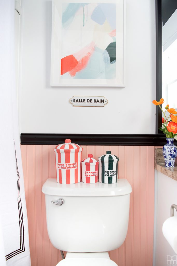 Tada! ✨ ???? ???? Renter Friendly Bathroom Reveal is here after a weekend of work. We've transformed our bathroom using renter-friendly upgrades and Behr Paint to create a colourful & eclectic space that I am proud to show off, heck, I might even host a party in there