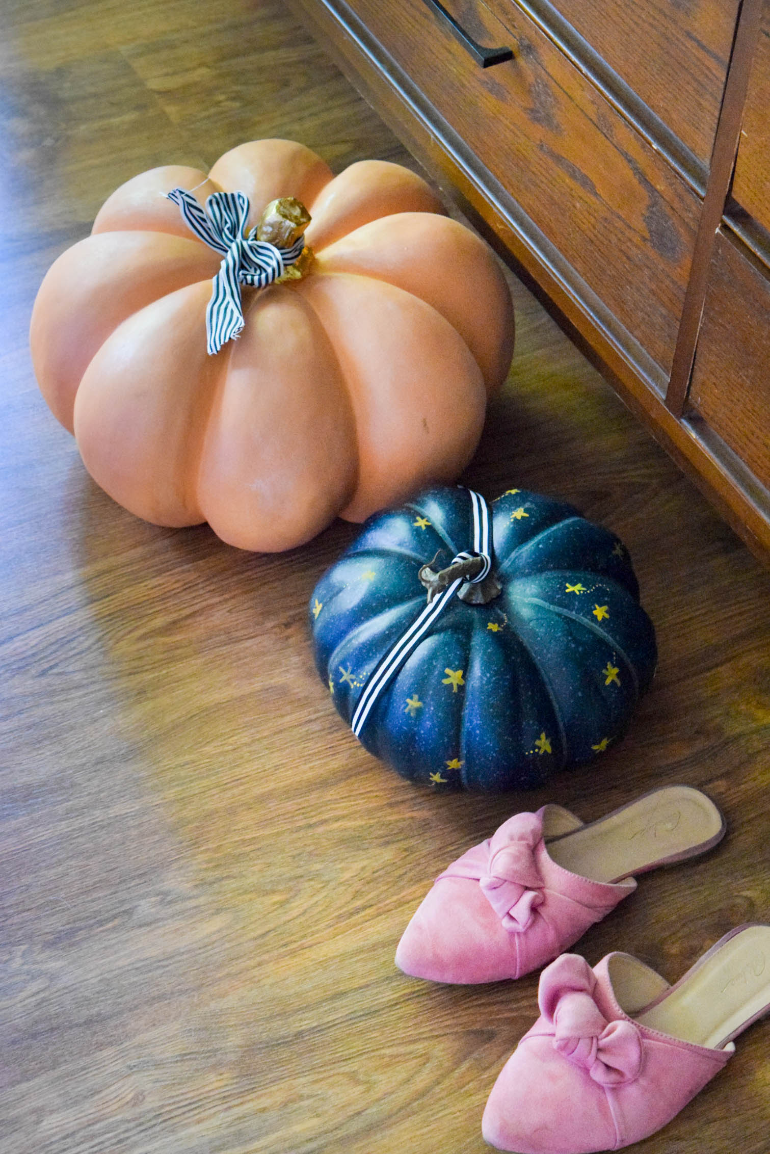 pumpkins and pink mules