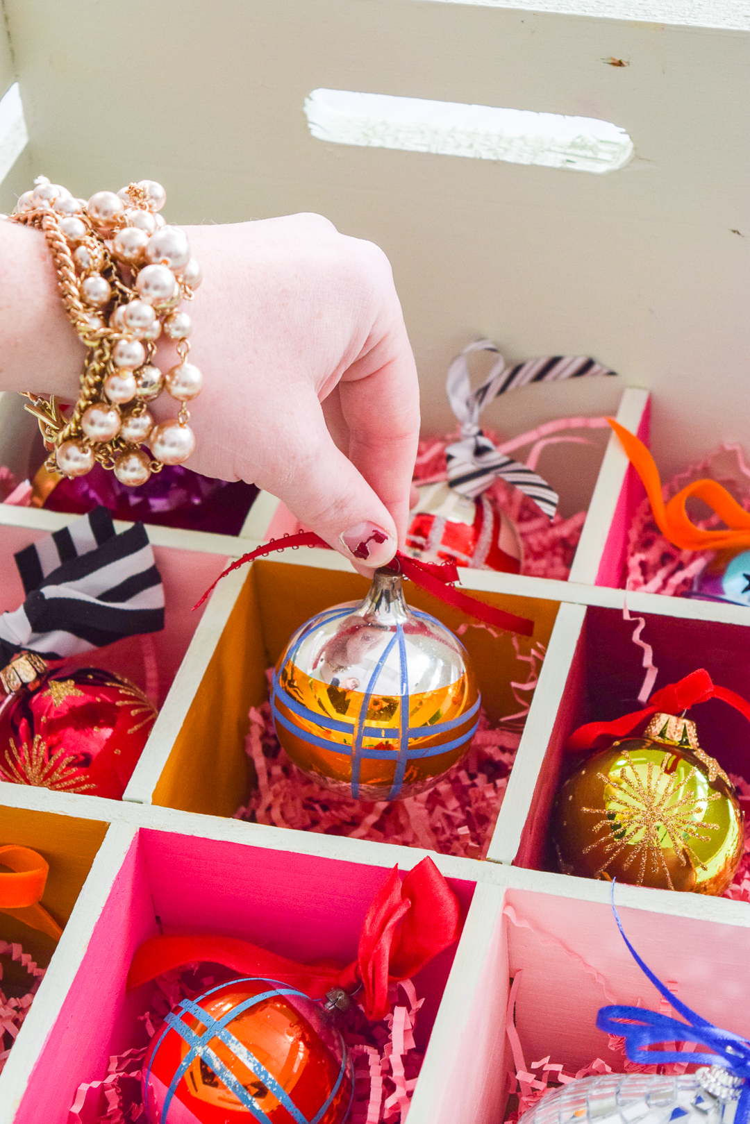 Looking for something that will keep your pieces safe? Try my DIY Colourful Ornament Storage Crate, and none of your ornaments will ever get broken again!