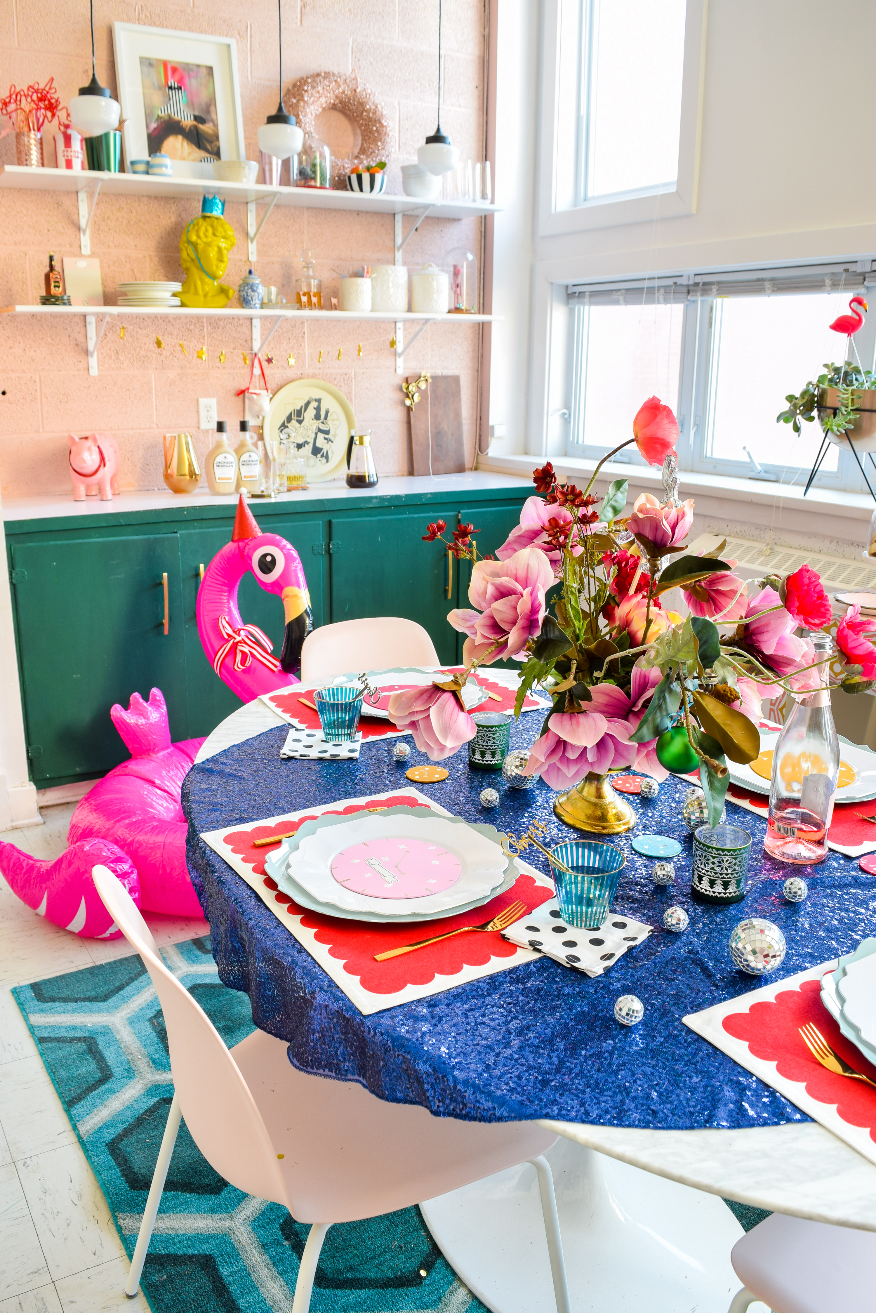For my Kate Spade New Years Eve Tablescape you bet I went glitzy and colourful, and invited an inflatable flamingo in a Santa hat. Come see what else is shaking!