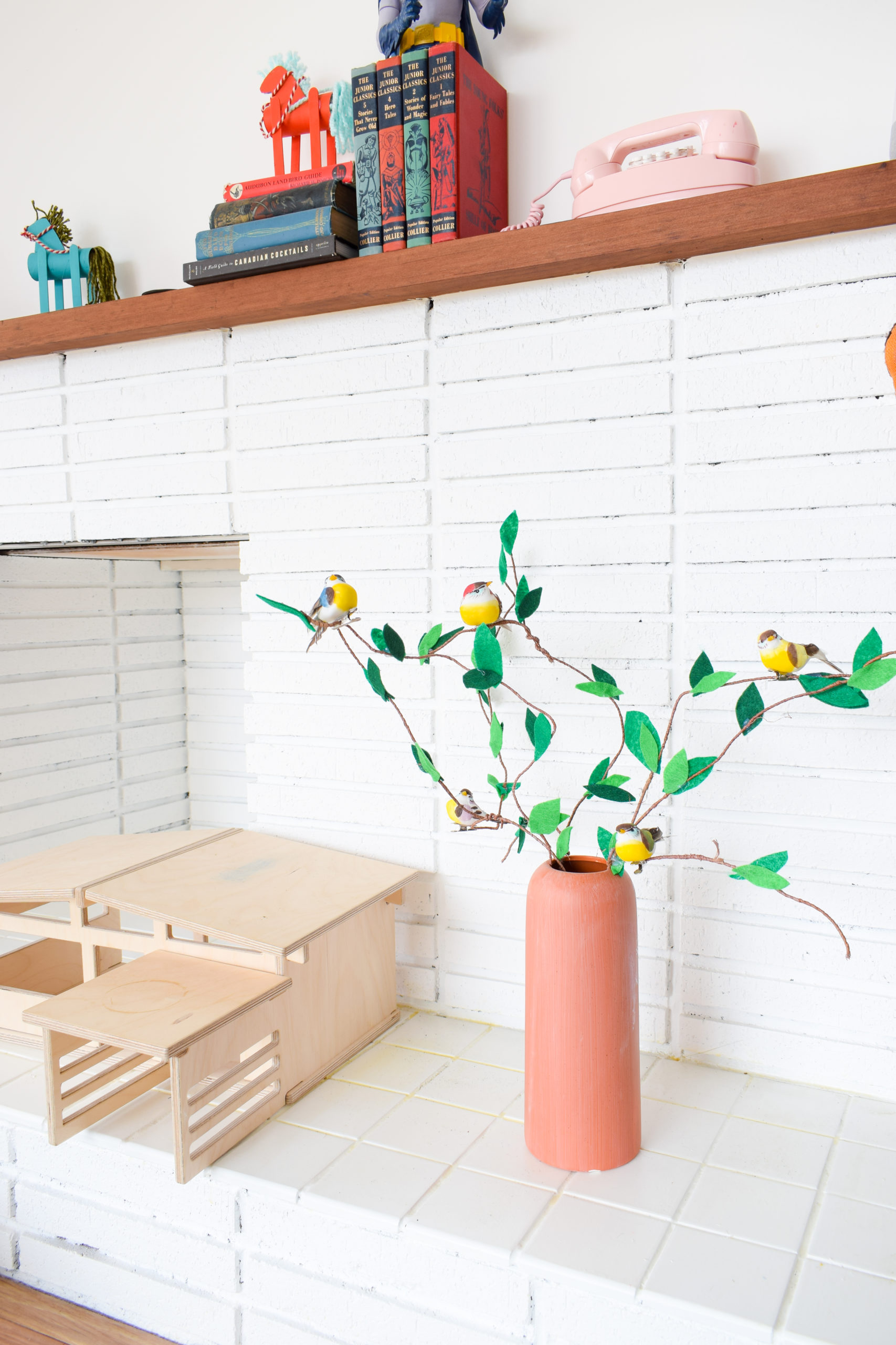 Create a toddler friendly spring arrangement using crafting wire, felt, and some little birds. Don't forget the perfect crafting scissors too!